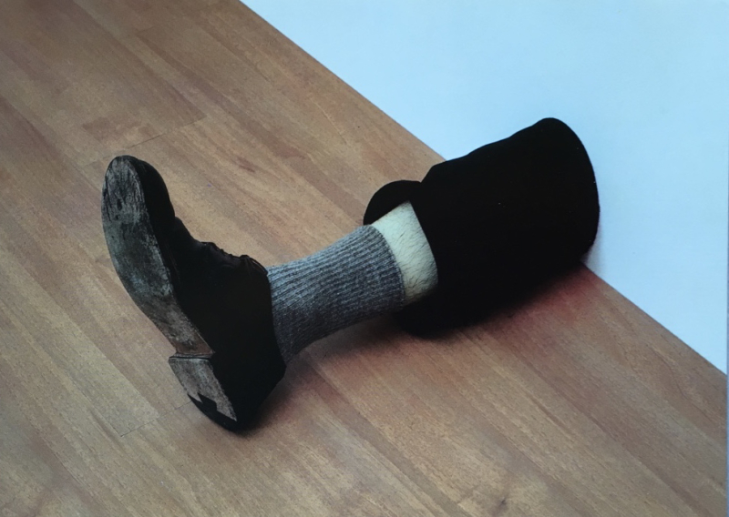 35v*. Untitled 1989-92. Wood  wax  leather  cotton and human hair  30x16x51 5cm. Tate ( purchased 1992). @Robert Gober. IMG_4102_1024