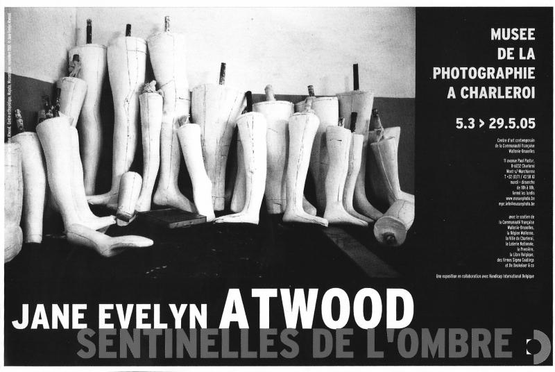 41b. Jane Evelyn Atwood. Les sentinelles de l'ombre. Décembre 2004. jpg