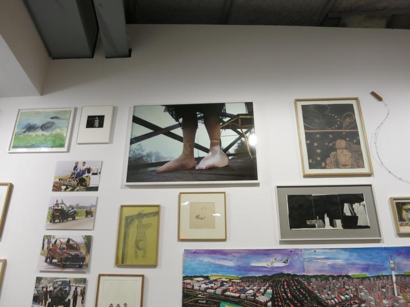 43d. He drowned  1999  Janaïna Tschäpe. Le mur. La collection de Antoine de Galberg. La maison rouge. 24 juin 2014. @mt